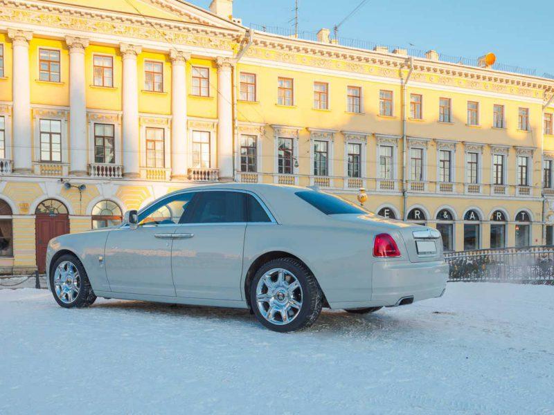 Rolls-Royce Ghost White - фото 4