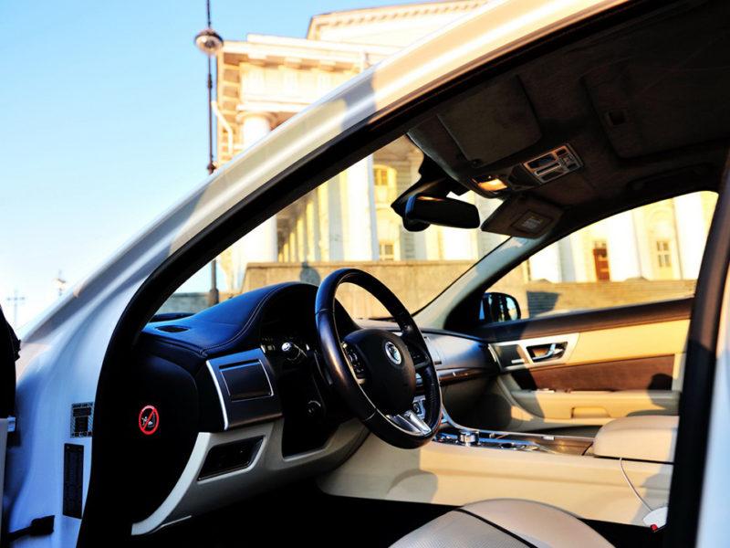 Jaguar XF Restyle - фото 4