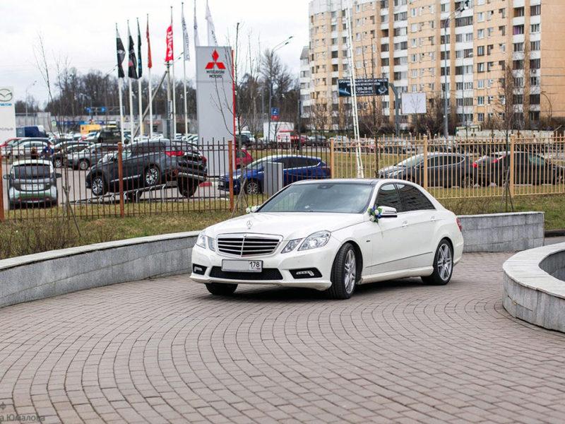 Mercedes W212 - фото 4