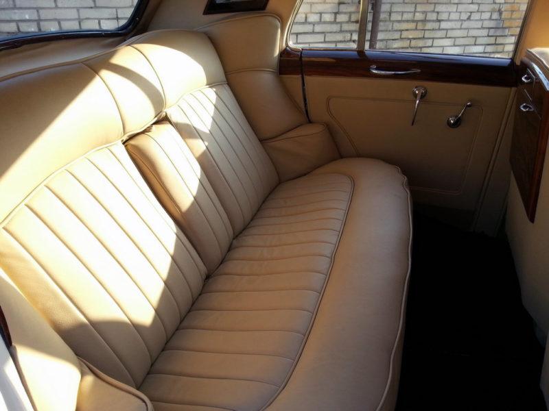 Rolls-Royce 1956 - фото 3
