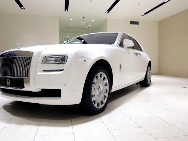 Rolls-Royce Ghost White - фото 2