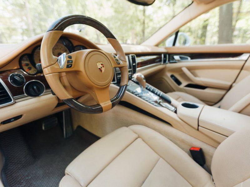 Porsche Panamera - фото 7