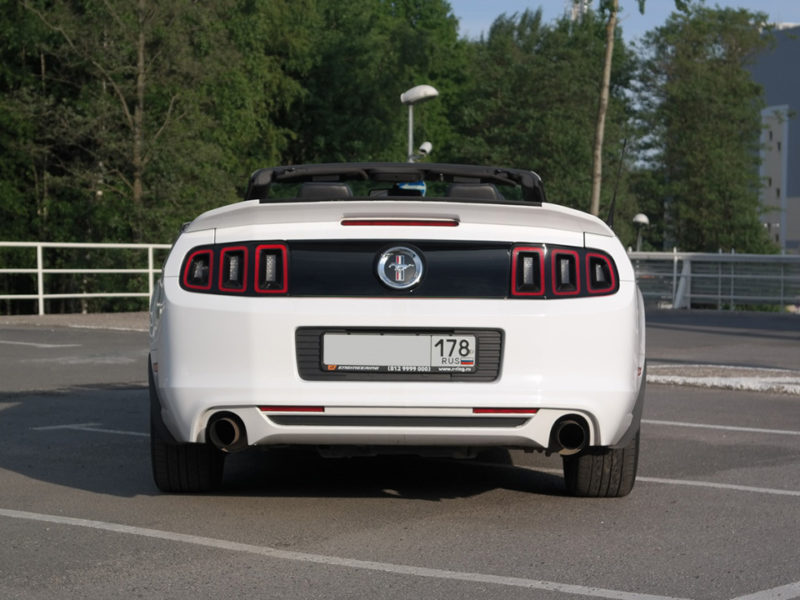 Ford Mustang GT - фото 5