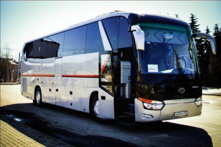 Аренда в СПБ автобуса с водителем