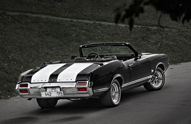 Oldsmobile Cutlass - фото 3