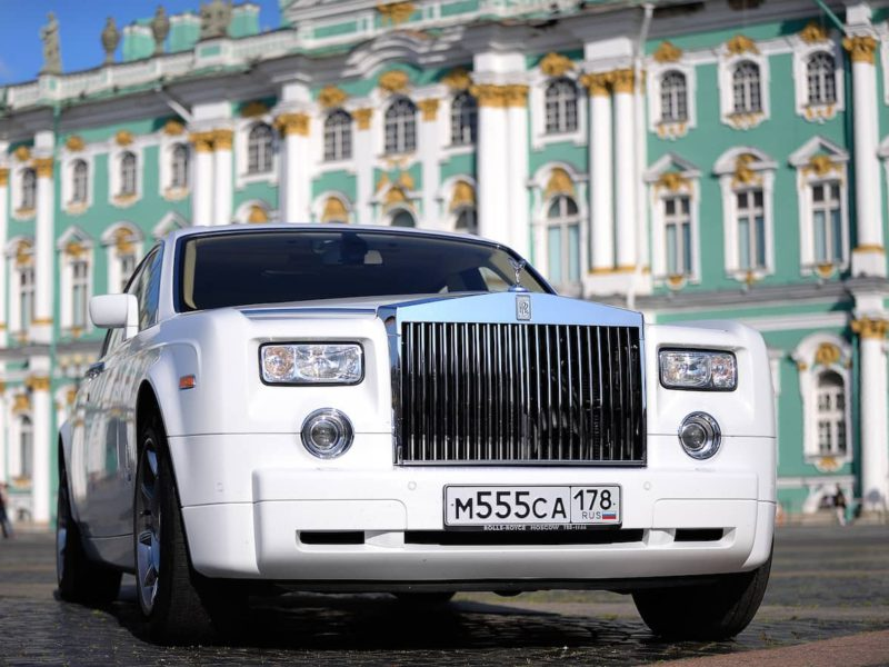 Rolls-Royce Phantom - фото 1