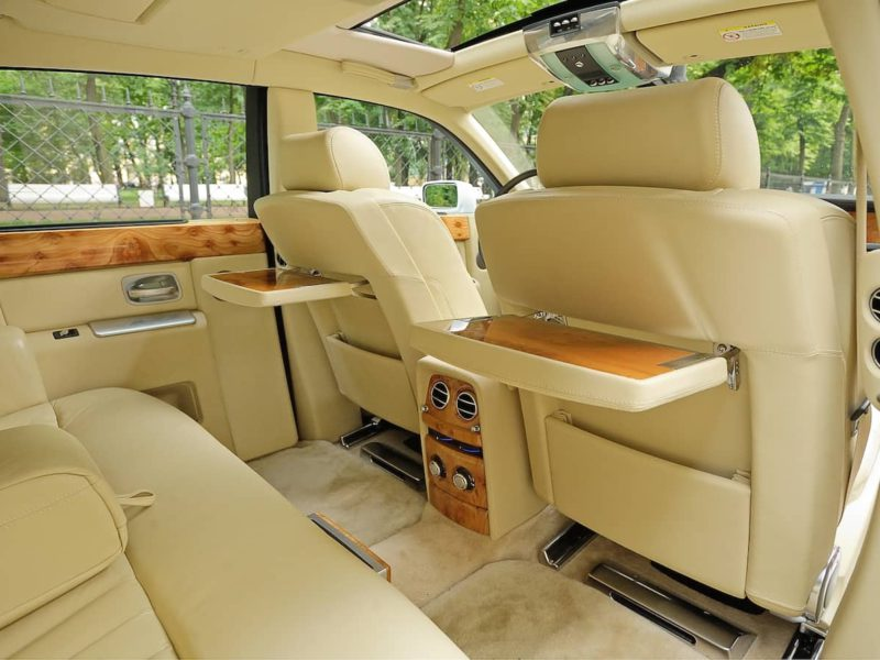 Rolls-Royce Phantom - фото 10
