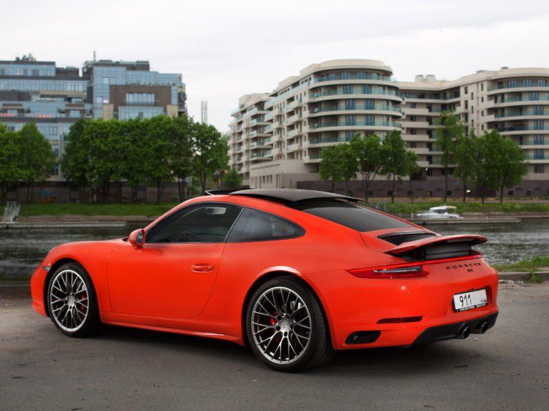 Porsche 911 Carrera 4S - фото 2