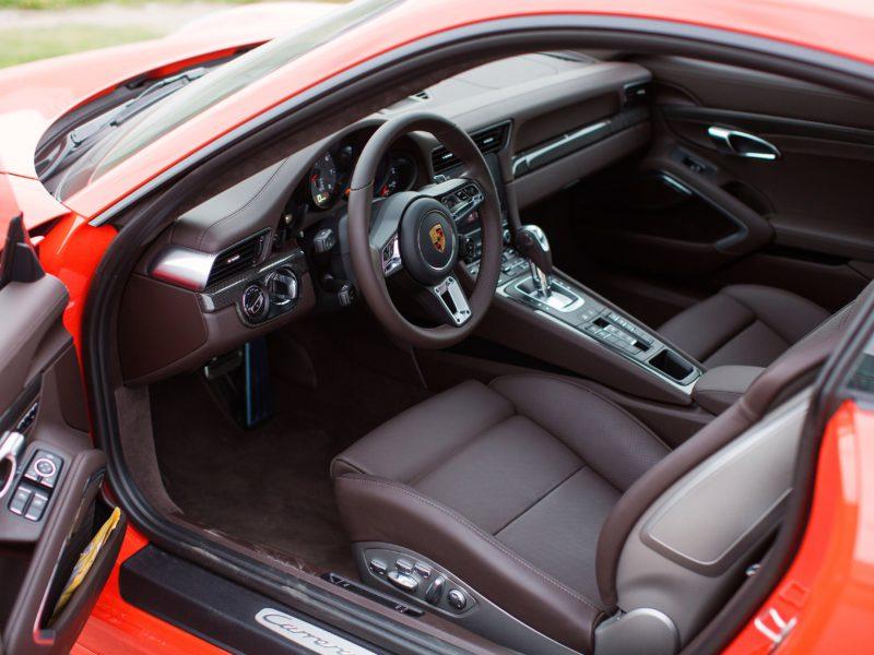 Porsche 911 Carrera 4S - фото 5