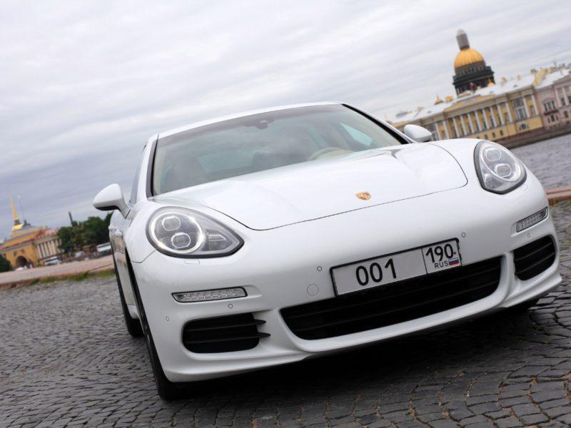 Porsche Panamera на сутки - фото 1