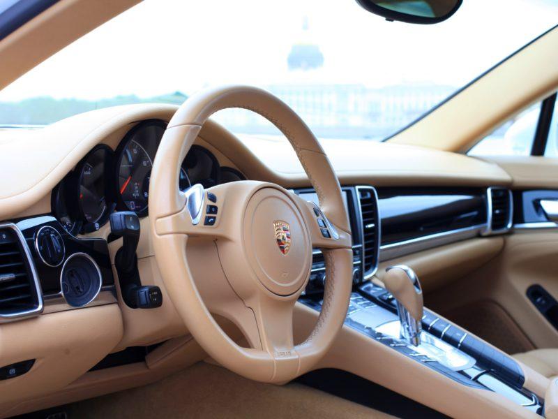 Porsche Panamera на сутки - фото 4