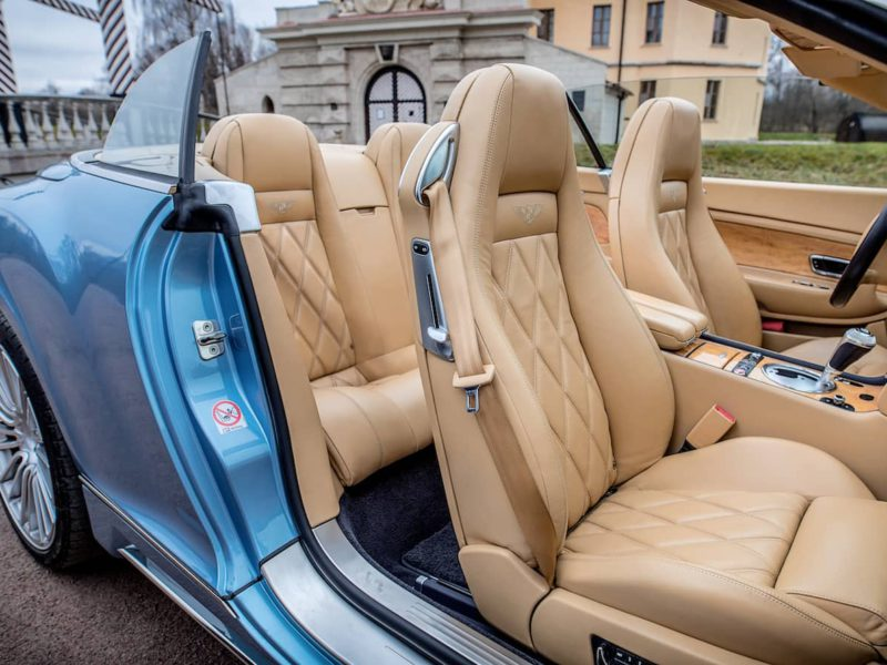 Bentley Continental GTC - фото 6