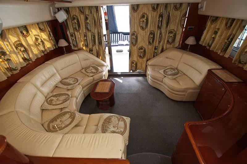 Яхта Princess 60 - фото 6