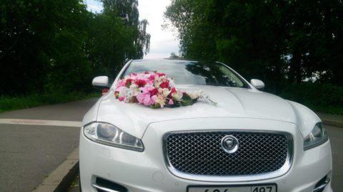 украшение авто на свадьбу аренда