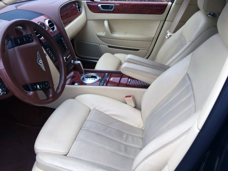 Bentley Continental Flying Spur - фото 6