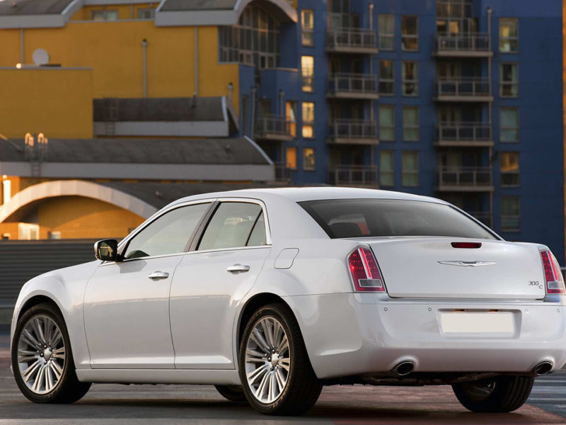 Chrysler 300c New - фото 4