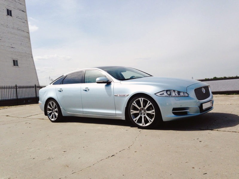 Jaguar XJ Blue - фото 4