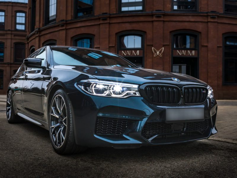 BMW M5 Competition - фото 1