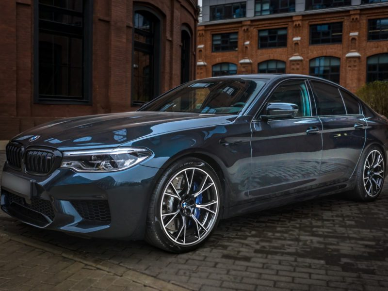 BMW M5 Competition - фото 3