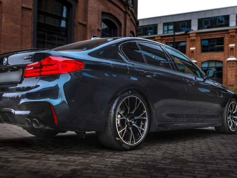 BMW M5 Competition - фото 5